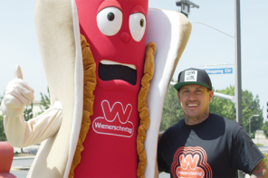 FREESTYLE MOTO LEGEND CAREY HART  TAKES OVER LAS VEGAS WIENERSCHNITZEL